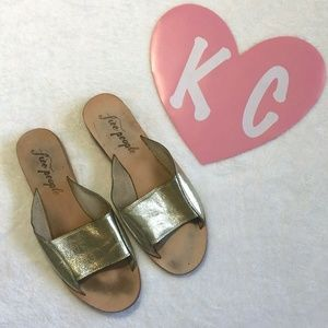 FREE PEOPLE GOLD STRAP SANDALS SHOES SZ 9